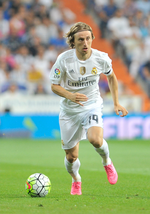 150829, Fotboll, La Liga, Real Madrid - Betis CF: Real Madrid Midfielder, Luka Modric - MODRIC, number 19 . Round 2 of the BBVA league, soccer match between Real Madrid - Betis CF at the Santiago Bernabeu estadium, Madrid - Spain by August 29, 2015. PHOTO: Gregorio Lopez. © Bildbyrån - COP 95 - SWEDEN ONLY